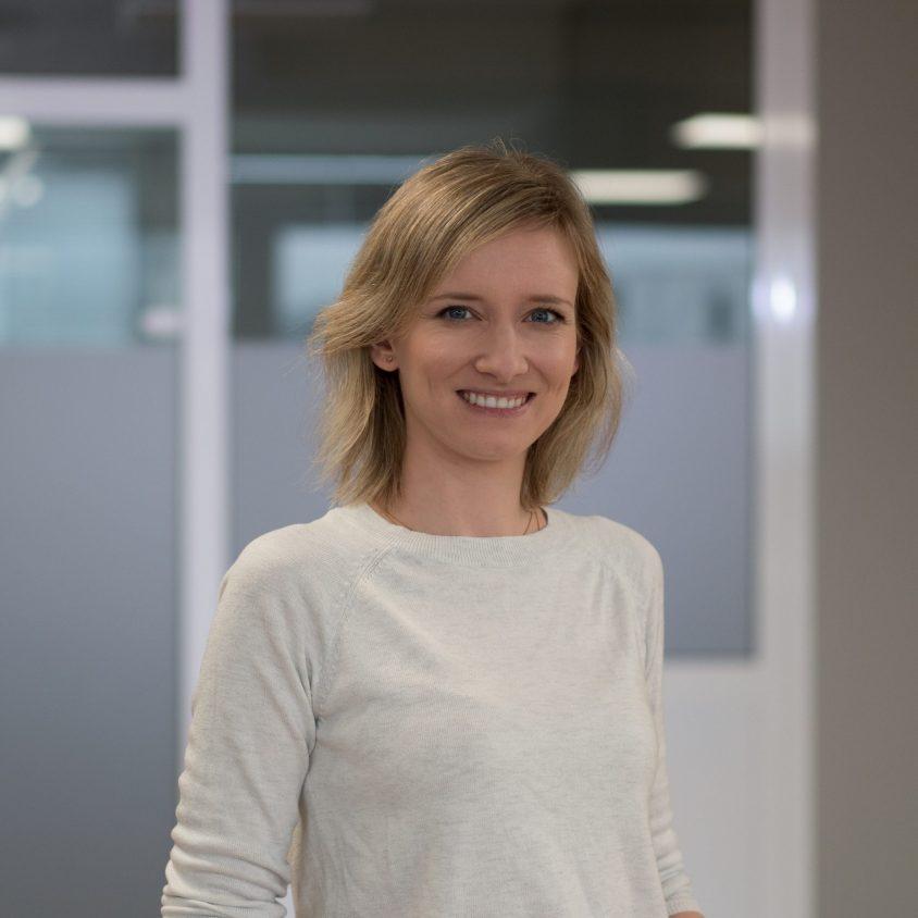 Catherine ist HR-Managerin bei SellerLogic.